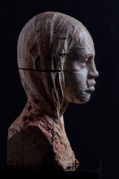 Testa VI (2015). Stone, iron and wax, cm 39 x 22,5 x 24. © Christian Zucconi http://www.christianzucconi.it/home
