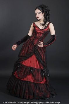 19c676ae28 Ella Amethyst in a red tafetta medieval longdress with black lace by  Sinister… Renaissance Dresses