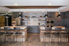 A Fixer Upper Bachelor Pad? Get Chip + Jo's Single-Guy Design Tips – Home Renovation New Kitchen, Kitchen Dining, Kitchen Decor, Kitchen Ideas, Kitchen Designs, Space Kitchen, Kitchen Counters, Country Kitchen, Double Island Kitchen