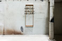 Appendiabiti a parete in bambù COAT FRAME by We Do Wood design Sebastian Jørgensen Coat Hanger, Coat Hooks, Moso Bamboo, Into The Woods, Granite Tile, Kitchen Installation, Metal Bar, Modern Family, Wood Design