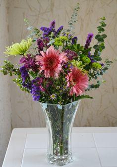 Grocery Store Wedding Flowers Wedding Idea Weddingidea Flower Color Flower Name Pretty Flower