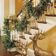 Stairs with Christmas garland and bows. Majestic Pre-lit Traditional Greenery Collection ~ Christmas decor from Frontgate Christmas Garland On Stairs, Christmas Fireplace, Christmas Wreaths, Elegant Christmas, White Christmas, Christmas Holidays, Christmas Interiors, Xmas Decorations, Christmas Inspiration