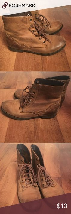 tan lace up booties size 6.5 (37). according to the chart on posh 37 is a 7, but the only reason i'm selling is because i'm a true 7 & they are much too snug/narrow. they would fit a 6.5 better! they have some scuffs on the heels & toes from wear, but there is still a lot of use in them. price reflects this. color is tan. Aldo Shoes Ankle Boots & Booties