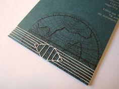 http://beccamakingfaces.com/2012/01/11/japanese-stab-binding-tutorial-snake-eyes/