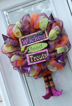 Shop for dreamcatcher on Etsy, the place to express your creativity through the buying and selling of handmade and vintage goods. Fall Mesh Wreaths, Halloween Mesh Wreaths, Fall Halloween, Halloween Ideas, Holiday Decorations, Holiday Crafts, Holiday Ideas, Wreath Ideas, Diy Wreath