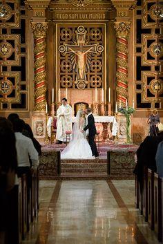 An Elegant Silver Winter Wedding