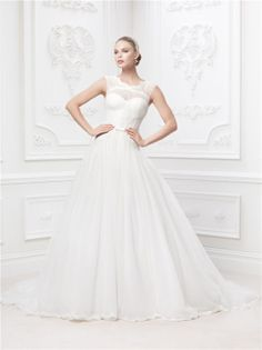 Zac Posen Bridal. This is gonna b my wedding dress one day!!!