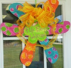 Summer Flip Flop Wreath. So cute!!!