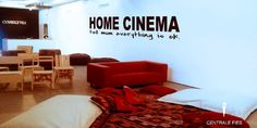 THURSDAY, 24.1.13: impronte dell'anima, Vera Comploj e home cinema a Km0