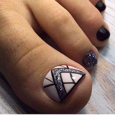 Glitter Pedicure Designs, Toenail Art Designs, Nail Art Designs Videos, Pedicure Nail Art, Toe Nail Designs, Toe Nail Art, Pretty Toe Nails, Cute Toe Nails, Pretty Nail Art
