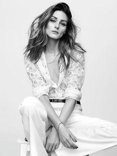 WHITE FLARE - Olivia gets romantic white Valentino lace top and jeans from Seafarer