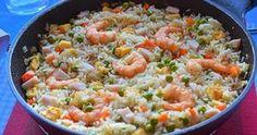 Arroz tres delicias como el de los restaurantes chinos, pero hecho en casa Paella, Canapes, Pasta Dishes, Fried Rice, Pasta Salad, Food And Drink, Yummy Food, Diet, Cooking