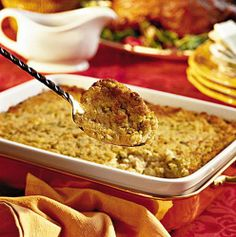 24 Thanksgiving Food Ideas With Recipes = cornbread-dressing