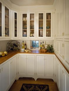 kitchen by Witt Construction http://www.houzz.com/photos/70423/woodlawn-residence-traditional-kitchen-other-metro