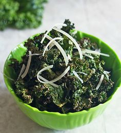 Spicy Parmesan Kale Chips Recipe with kale, grapeseed oil, cayenne pepper, salt, shredded parmesan cheese