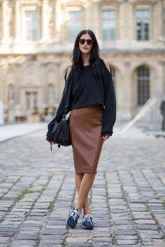 Cómo combinar una falda marrón en 2017 (62 formas) | Moda para Mujer