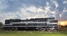 NS 1066 New York Central SD70ACe