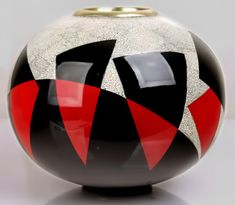 Art Deco vase with eggshell and red and black lacquer Jean DUNAND (hva)