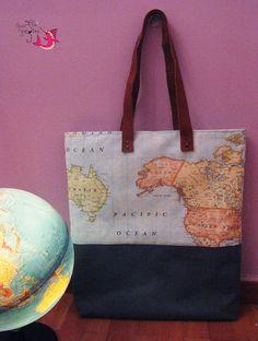 ΦούΞια ΞιΦίας Reusable Tote Bags