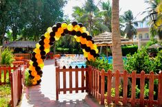 Balloon Arch by @Fantasyparty
