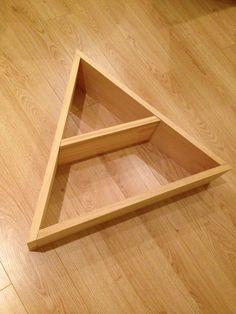 Diy triangle shelf: pine