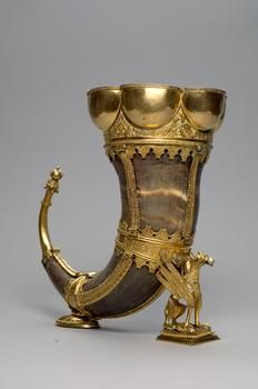 Drinking horn (grasping claw) low German Second Half of the 15th century vessel Horn, buffalo horn, replaced by silver, bronze, gold plated