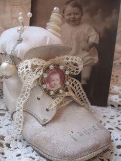 French Altered Baby Shoe Pincushion and Vintage Findings No. Victorian Christmas Decorations, Victorian Crafts, Vintage Playroom, Chabby Chic, Vintage Sewing Notions, Shoe Crafts, Baby Footprints, Dollar Store Crafts, Baby Steps