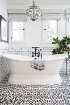 Black and White Bathroom - Contrast Study   COCOCOZY
