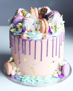 H A P P Y E A S T E R Cute pastels on this dripcake! 19th Birthday Cakes, 13 Birthday Cake, Candy Cakes, Cupcake Cakes, Drizzle Cake, Big Cakes, Easter Cupcakes, Painted Cakes, Occasion Cakes