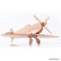 Avion en carton Spitfire (Lot de 2) Leolandia - Maquette en Carton de l'Atelier Chez Soi.