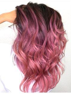 Pin by lulis on cabelo rosa pastel Ombré Hair, Dye My Hair, Rose Hair, Hair Dye Colors, Cool Hair Color, Cabelo Rose Gold, Coloured Hair, Brunette Hair, Brunette Color