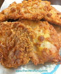 Country Fried Pork Chops: eggs, flour, salt, pepper, garlic and onion powder.   In a large skillet with a lid, heat oil over medium heat. Prepare egg wash: In a small bowl, mix eggs. Prepare coating:in a large bowl mix flour, salt, onion powder, garlic powder, and pepper. 1.Egg wash. 2.Flour mixture. 3.Fry.