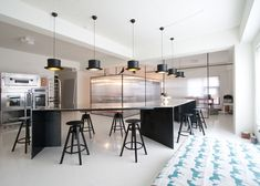 Una's Kitchen bakery by Nordic Bros. Design Community - glass walls are all sparkle!
