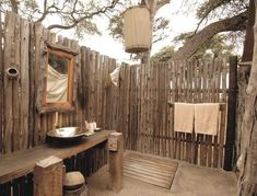 32 Stunning Outdoor Bathroom Design Ideas You Should Try - The design of the shower can really be a great addition to the overall exterior of a home. Simplicity is always a good basis of design. Outdoor Toilet, Jacuzzi Outdoor, Outdoor Baths, Outdoor Bathrooms, Bamboo Bathroom, Tropical Bathroom, Casa Viking, Nautical Bathroom Decor, Zebra Bathroom
