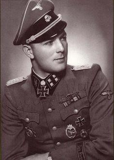 SS-Sturmbannführer Krag