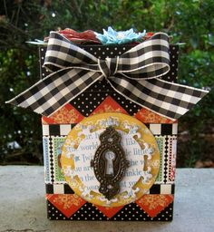 Graphic 45 Mother Goose Altered Wooden Box by Maria Cole. Retro Halloween, Halloween Items, Halloween Decorations, Altered Boxes, Best Christmas Gifts, Christmas Traditions, Mini Scrapbook Albums, Mini Albums, Wrapping