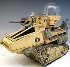 Custom Desert Hiss Tank