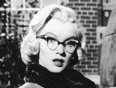 I love Marilyn Monroe with glasses