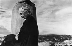 Georgia O'Keeffe, in Ghost Ranch, New Mexico in 1967. (John Loengard—The LIFE Picture Collection/Getty Images)