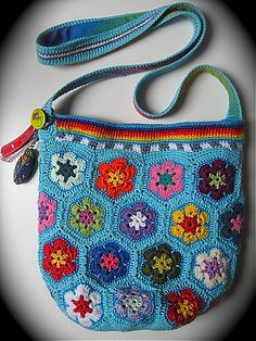 Ravelry: croquechoux's happy african flower power hippy bag