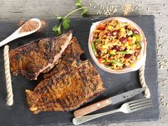 From the YOU test kitchen: Sumptuous steak with saucy rice salad Steak Salad, South African Recipes, Rice Salad, Food Words, Test Kitchen, Food Inspiration, New Recipes, Pork, Veggies
