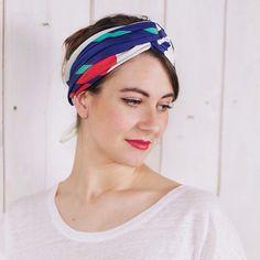 "Foulard Shandor. Collection ""Un été à Twin Peaks"", modèle ""Into the woods"". 100% soie. Made in France. #scarf #silk #instagram #twinpeaks #headscarf"