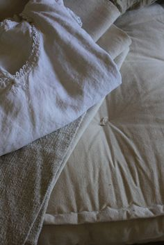 Trouvais rough linen