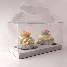 clear cupcake gift boxes for 2 cupcakes with inserts and handle Cupcake Gift, Cupcake Boxes, Cupcake Toppers, 12 Cupcakes, Wedding Cupcakes, Cupcake Packaging, Beautiful Cupcakes, Wedding Boxes, Macaroons