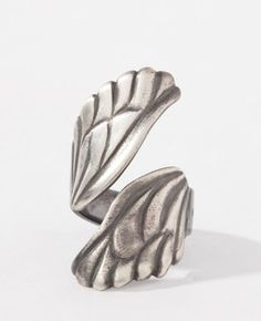 Wings Ring! @Cassandra Dowman Clare I saw this and thought it looked like something Clary would wear! Which is code for: I would absolutely wear it!