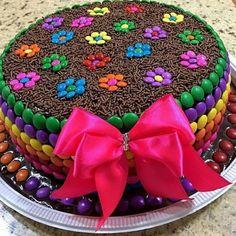 46 new Ideas cake easy decoration birthday kids Pretty Cakes, Cute Cakes, Beautiful Cakes, Yummy Cakes, Torta Candy, Candy Cakes, Cupcake Cakes, Cake Fondant, Birthday Cake Decorating