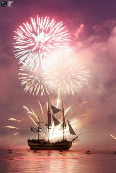 5100c6bc3 New Year Fireworks, Classic Sailing, Fire Works, Dinghy, Isle Of Wight,