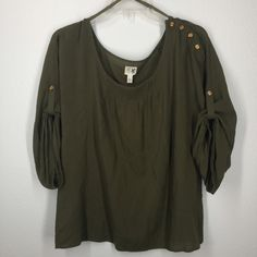 """Anthropologie Edme & Estyllte green top size M Beautiful light weight olive green blouse. Shoulder button detail. Bust measurement 38"""". Length 25"""". Anthropologie Tops Blouses"""