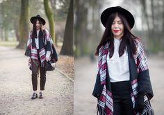 Get this look: http://lb.nu/look/8102838  More looks by Lilly Marlenne: http://lb.nu/lillymarlenne  Items in this look:  H&M Black Fedora Hat, H&M Black Elegant Pants, H&M Little Black Bag, Moodo White Shirt, Vero Moda Checkered Poncho   #bohemian #boho #redlips #shirt #whiteshirt #cape #poncho #checkeredponcho #checkered