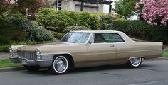 1965 Cadillac Coupe Deville - Cadillac de Ville series - Wikipedia